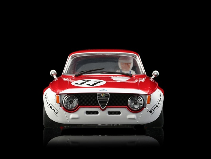 BRM105-Alfa-GTA-1300-junior-33