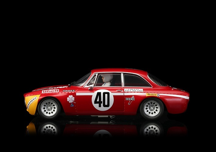 BRM106-Alfa-GTA-1300-junior