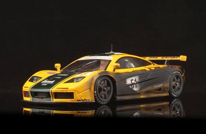BRM: Deux McLaren F1 GTR 1/24