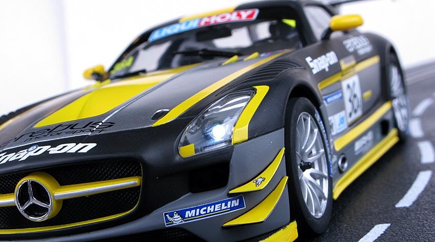 Carrera Mercedes SLS AMG 23795