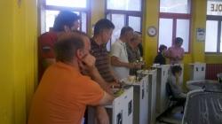 Les Foreziens étudient le tracé sympathique du circuit du Slot Club Gaulois