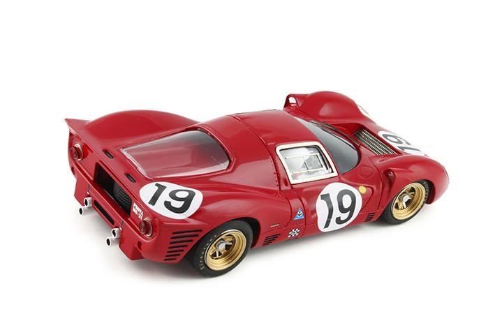 RCR67 - 330P4 - # 19 Le Mans 1967 24h - G.Klass / P.Sutcliffe