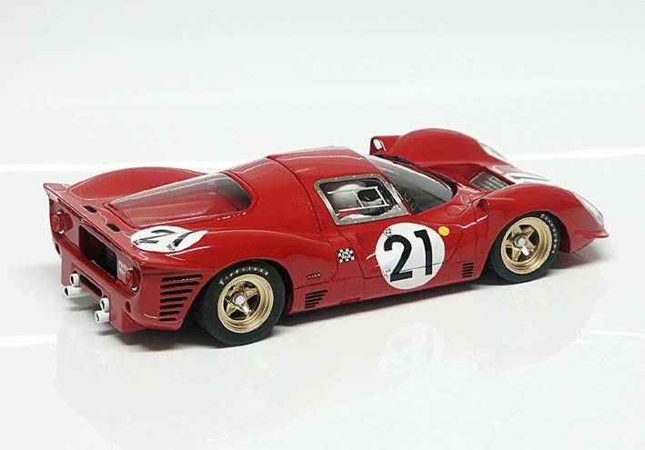 RCR10 - 330P4 - # 21 Le Mans 1967 - 24h L.Scarfiotti / M.Parkes