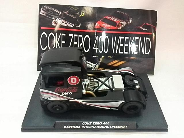 FlySlot le camion Mercedes Benz Coke Zero 400