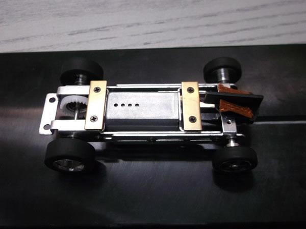 MRRC - Chassis - moteur cage longue dessous