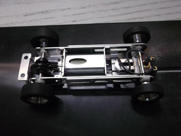 MRRC - Chassis - moteur cage longue dessus
