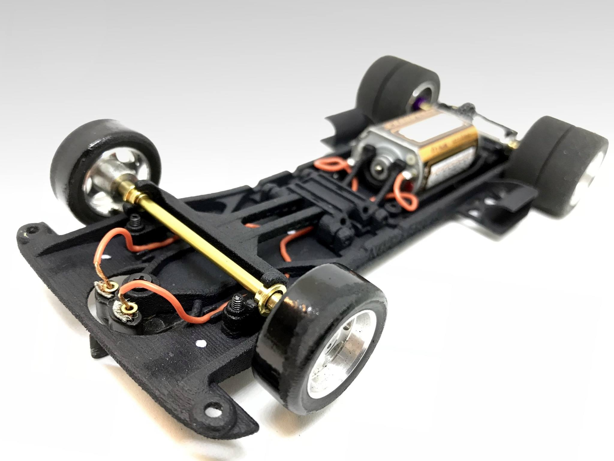 National Racers 3D: Un chassis All In One pour camion Sisu de Fly Slot