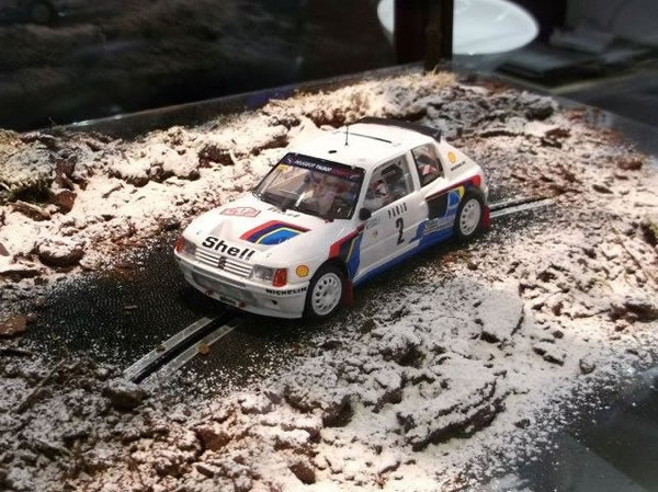 OSC Original Slot Car Peugeot 205 T16
