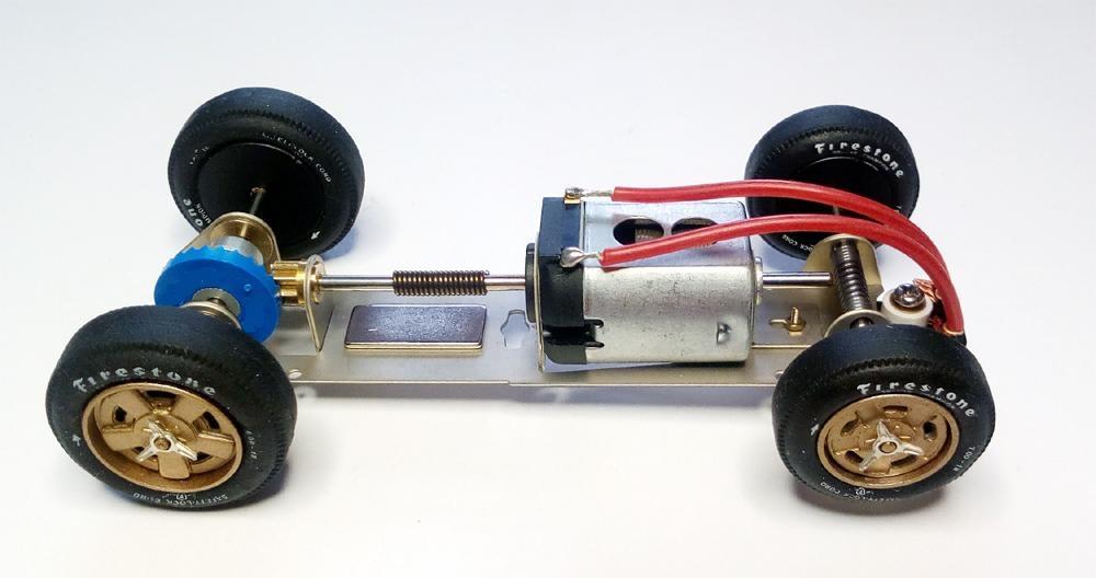 Ostorero chassis du Watson Roadster à l'échelle 1/32