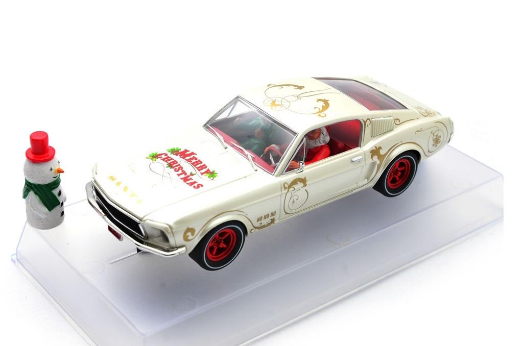 Pioneer la Mustang 390 GT – Santa's Stang 2018