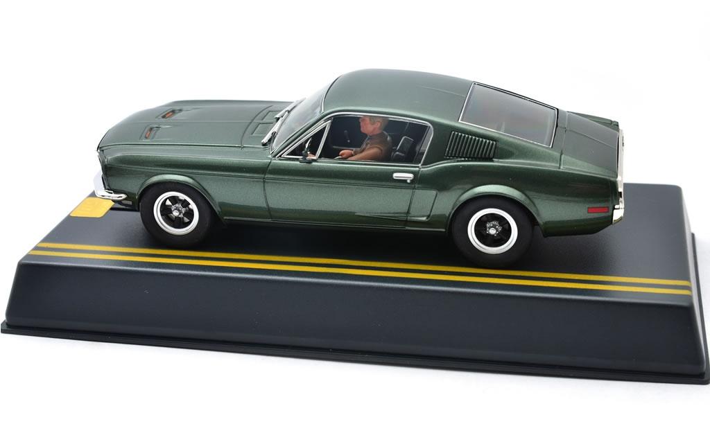 la Mustang GT 390 Fastback - 50 ans Bullitt - Pioneer