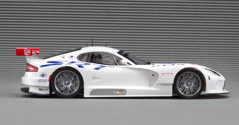 Scaleauto-Viper-GTS-R-SRT-echelle- 1-32
