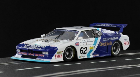 Sideways BMW M1 Saubert EMKA Racing
