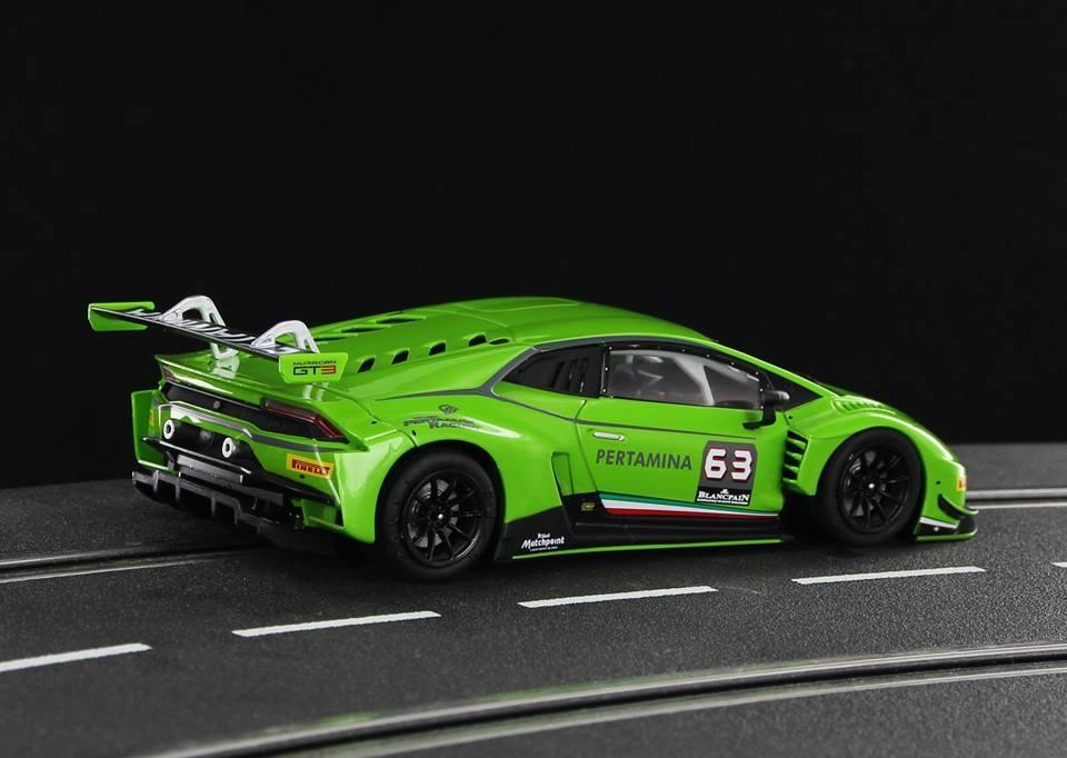 Sideways: la Lamborghini Uracan LP620-2 Super Trofeo arrive