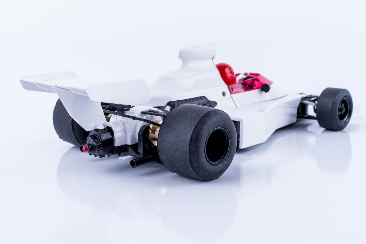 SRC : la McLaren Ford M23 version « Chrono »