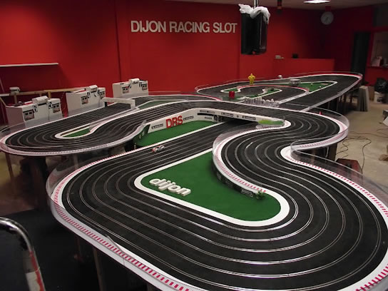 le dijon racing slot ouvre sa nouvelle piste slot cars passion. Black Bedroom Furniture Sets. Home Design Ideas