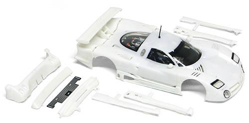 CS14b le kit carrosserie blanc de la Nissan R390