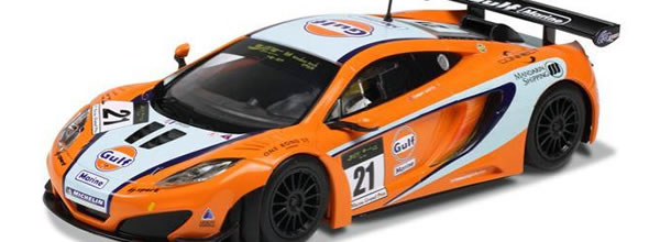 Scalextric Une McLaren MP4-12C GT3