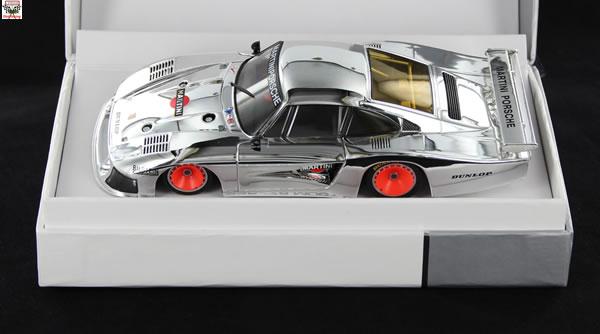 Sideways une Porsche 935 - 78 Chrome Ltd Édition