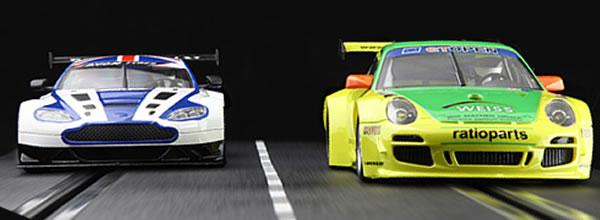 NSR La Porsche 997 Manthey et Une ASV Décorée pour Noël