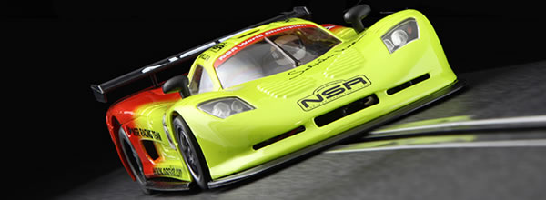 NSR: Hommage avec la Mosler NSR Team Racing Noviello