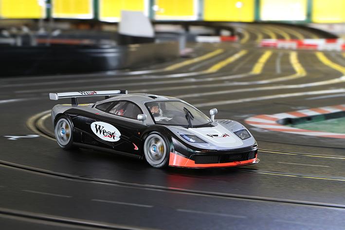 BRM: McLaren F1 GTR 1/24