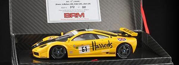 BRM McLaren F1 GTR 1-24 trois décorations pour le lancement