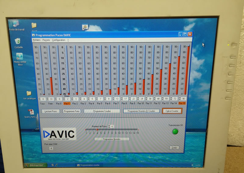 Interface programmation puces DAVIC sur PC