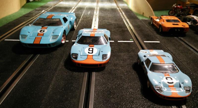 La photo de la soirée - 3 échelles pour la GT40