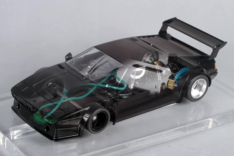"""Avant Slot: une version plus racing de la BMW M1 Racing """"FlySlot"""""""