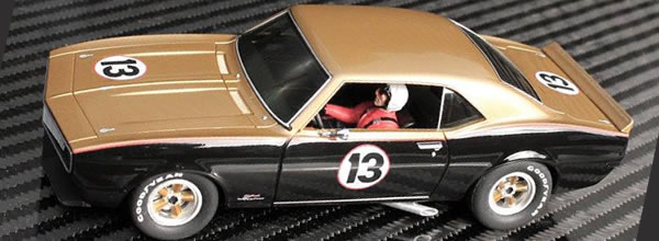 Pioneer: La Camaro Smokey Yunick #13