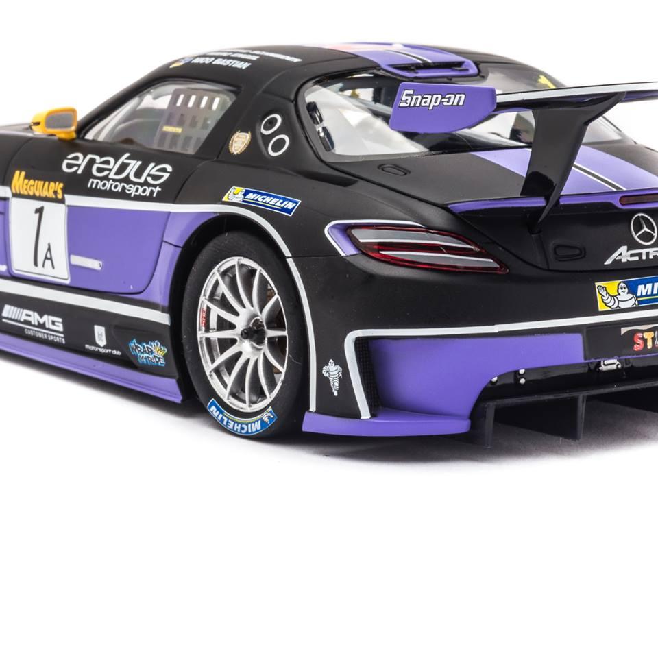 Carrera D124 La Mercedes SLS AMG GT3 Erebus Motorsport