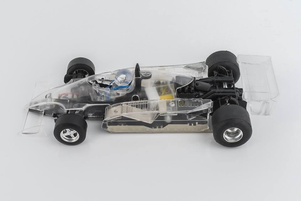 SRC: Renault F1 RS-10 Diamond Edition
