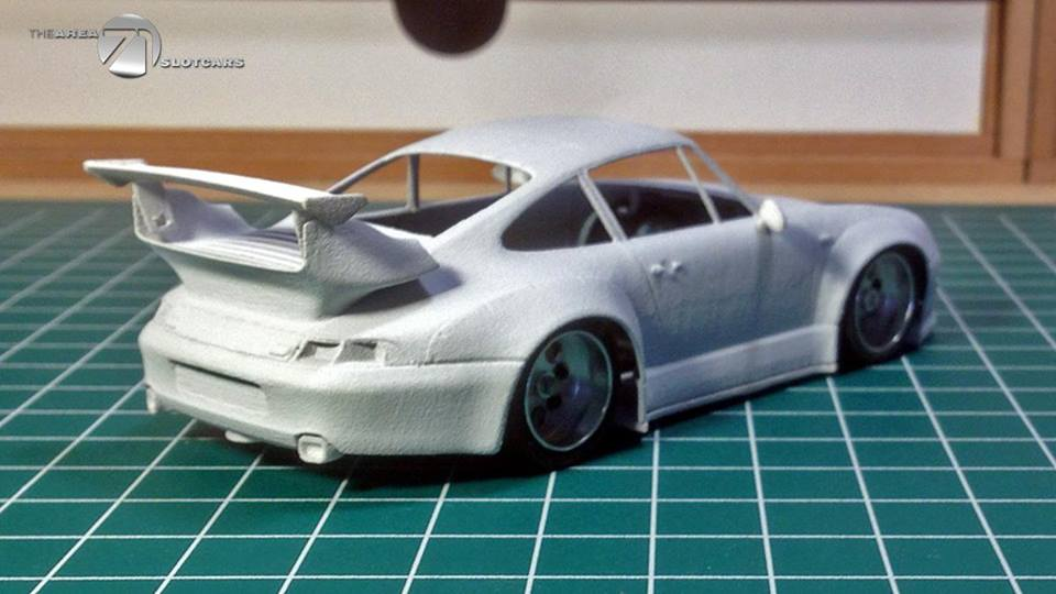 The Area71 Slotcars: un Porsche 993 RWB pour le slot