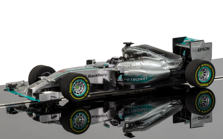 Scalextric C3706 - Mercedes F1 2015