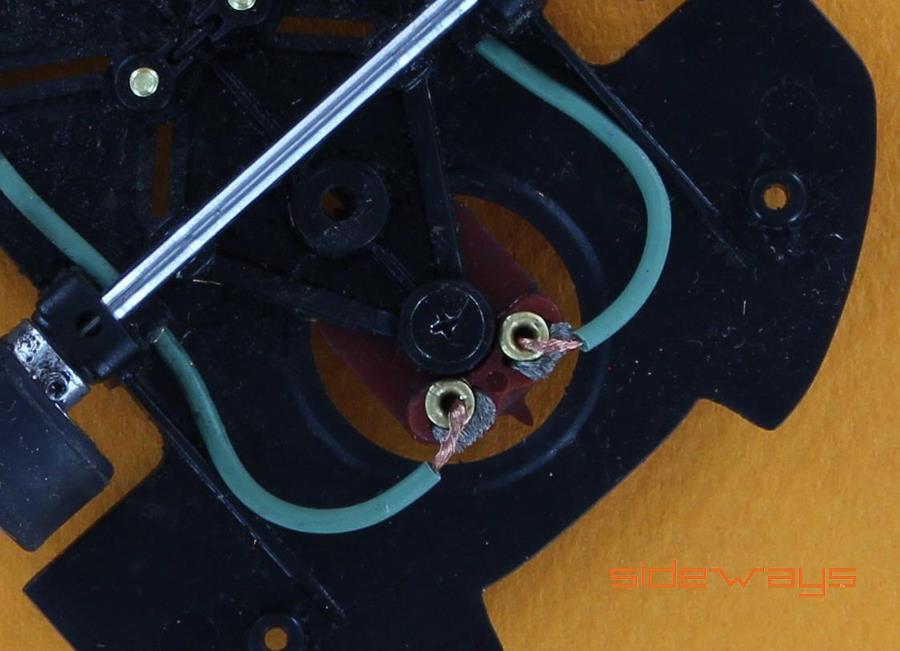 Sideways: une nouvelle série d'œillets pour voitures de slot