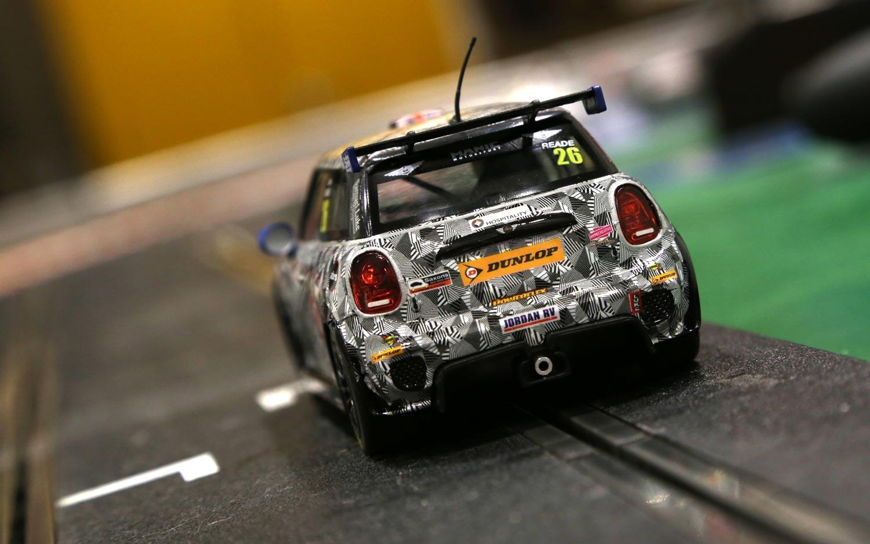 Scalextric: BMW Mini Cooper, Mini Challenge 2016 – Luke Reade