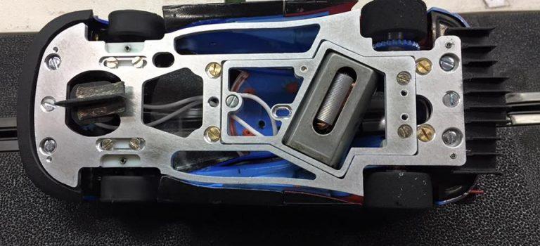 PRS Slot: Un châssis en aluminium pour la Ford GT Carrera