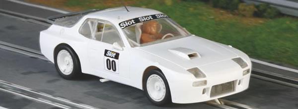 Falcon Slot Cars: les premières images de la Porsche 924 GTR