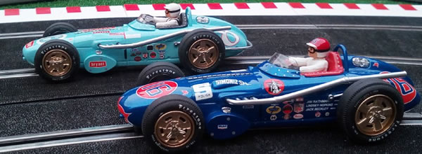Ostorero : Deux Watson Roadster à l'échelle 1/32