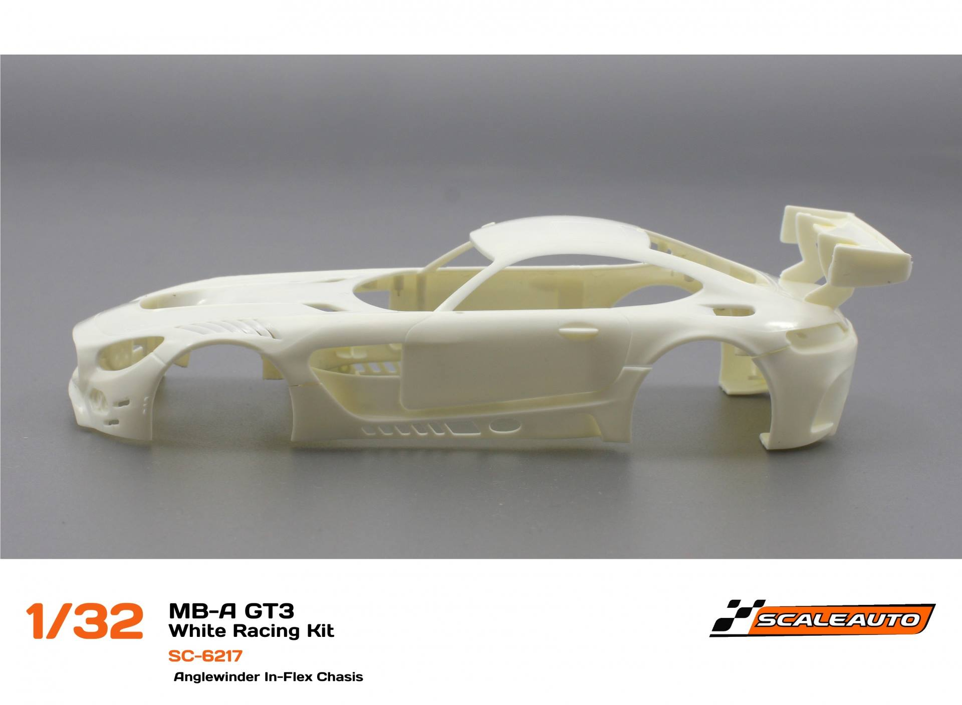 "Scaleauto: le kit ""White Racing"" SC-6217 de la Mercedes-AMG GT3 1/32"