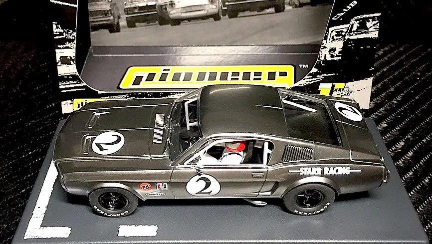 """Pioneer Slot Car: la Mustang 68 Fastback """"Bare Metal Racer"""""""