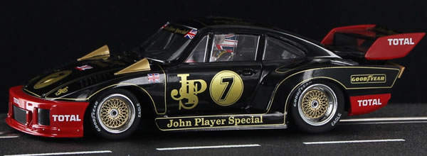 Sideways : la Porsche KREMER 935 K2 de la collection Limited Edition JPS