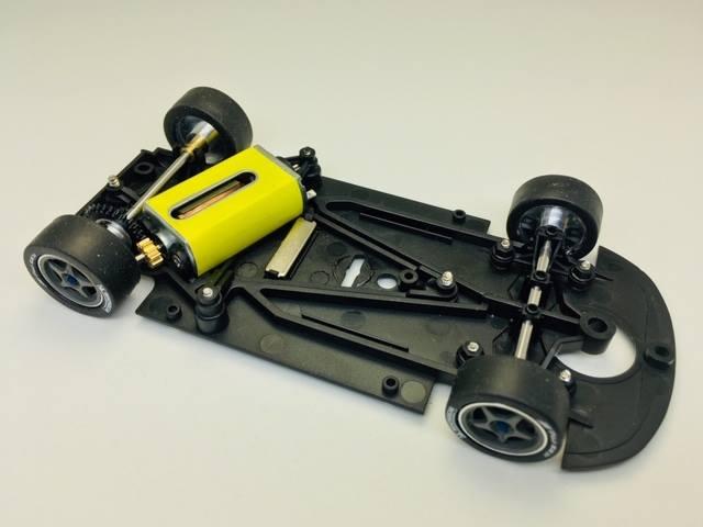 Nouveau chassis Mr Slotcar avec moteur Slot.it