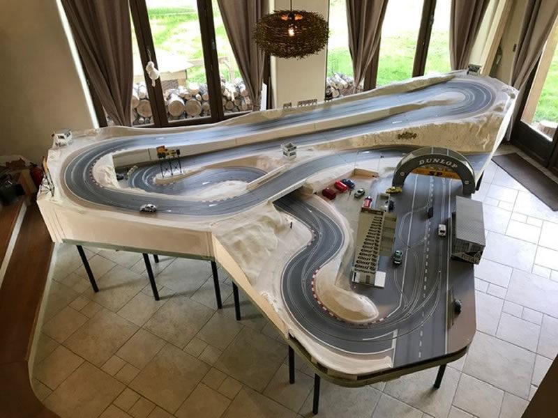 La piste BLST du club de slot racing de Perols 34