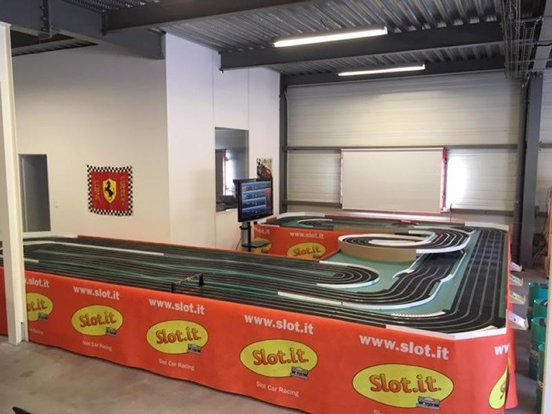 La piste Ninco du club de slot racing de Pérols 34