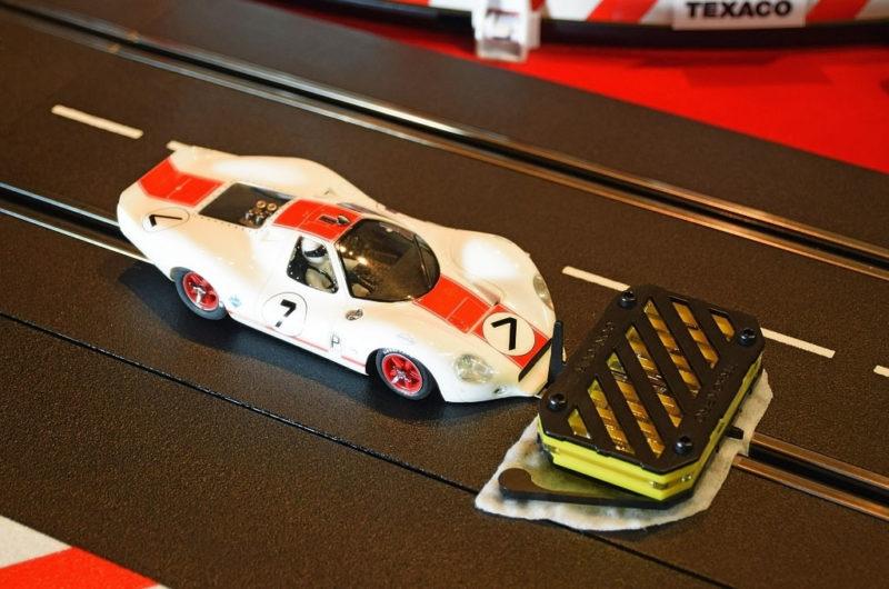 HiTech Safety Displays : Le TrackPro Contour II - nettoyeur de rails