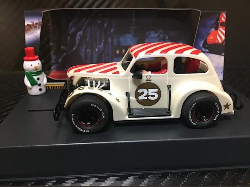 Pioneer Santa Legends Racer '37 Chevy Sedan 'Buttermilk White - P084