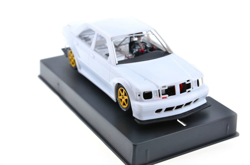 Slot.it: le kit blanc de la Mercedes 190E DTM – SICA44z