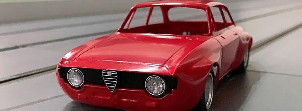 BRM: la marque dévoile l'Alfa Giulia GTA pour le slot racing.